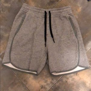 Men's Lululemon casual shorts
